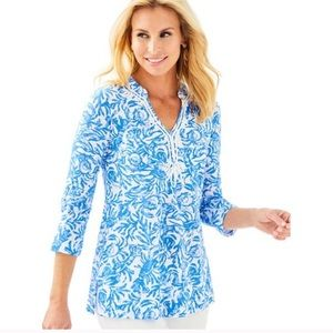 Lilly Pulitzer Kaia knit tunic top on a roll